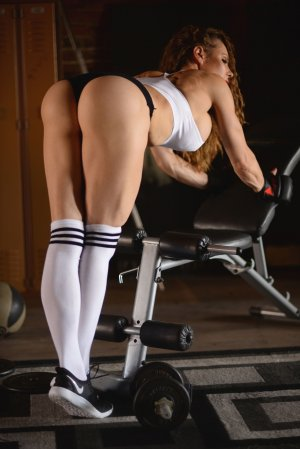 Gustavine erotic massage in Stallings NC