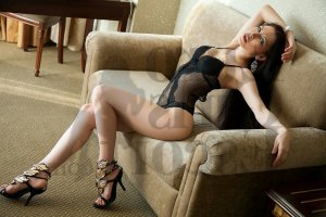 Cleophee tantra massage in Seguin